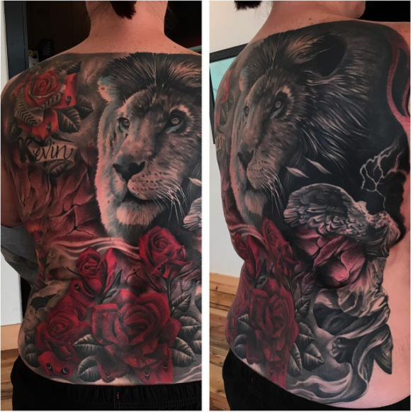 Jonnie Evil Cover Up lion roses